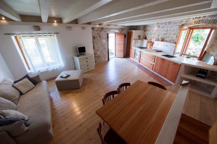Casa Pietra